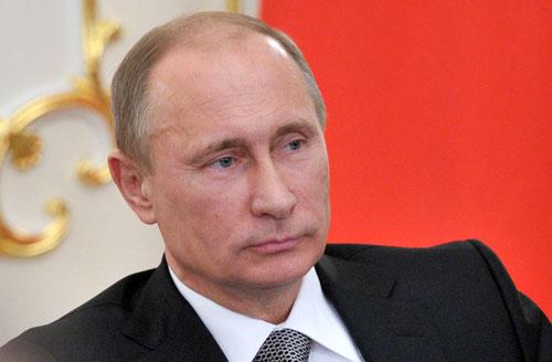普京颁布进口禁令对欧美展开全面报复 北约担心俄入侵乌