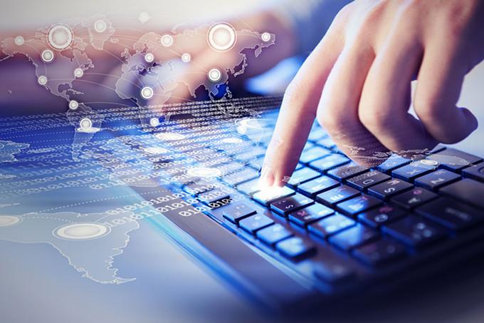 中国工业企业数据库的使用现状和潜在问题