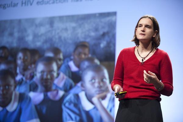 贫困的细节:由埃丝特主导的一场微观照进宏观的革命
