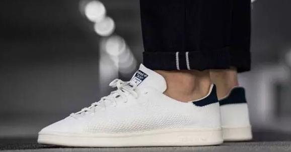 世上那么多小白鞋,你却担心它变黄?