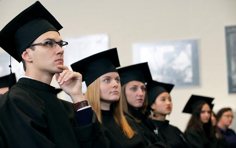 适合去美国读经济学博士吗?
