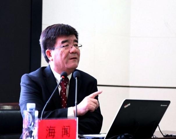 海闻理事长与宁夏大学师生畅谈中国经济未来二十年|2017年会