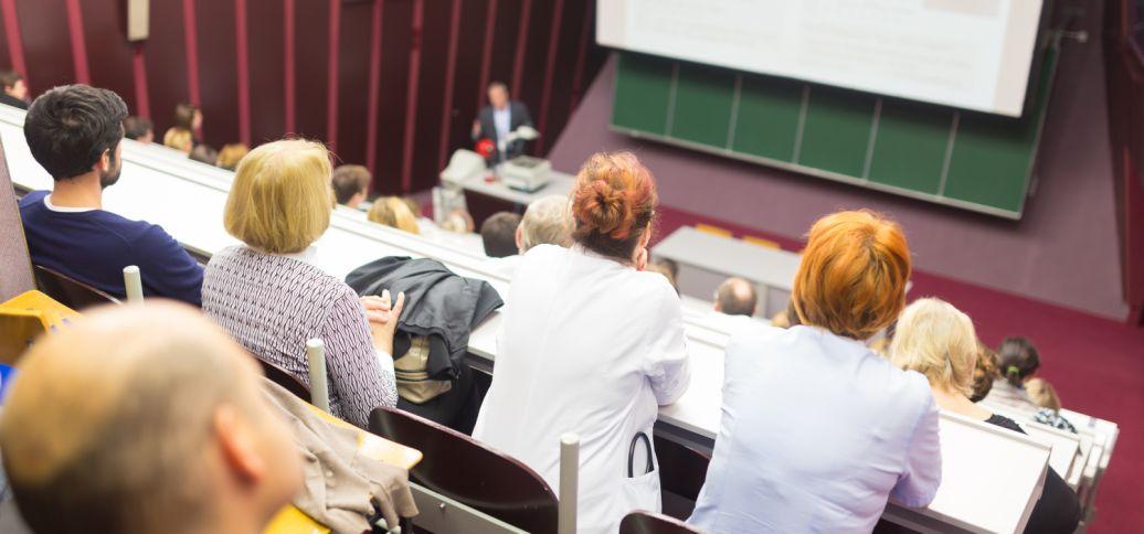 芝加哥大学公开课丨走出资本主义泡沫