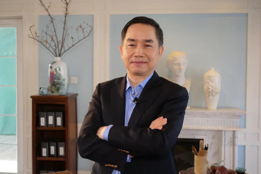 陈志武:现在断言全球经济危机为时过早
