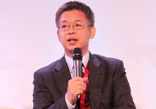 黄益平:疫情后中国经济的两大亮点和两类风险