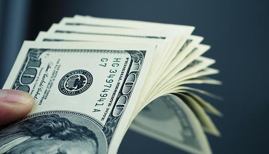 """巨额经济救助计划能""""拯救""""美国经济吗?"""