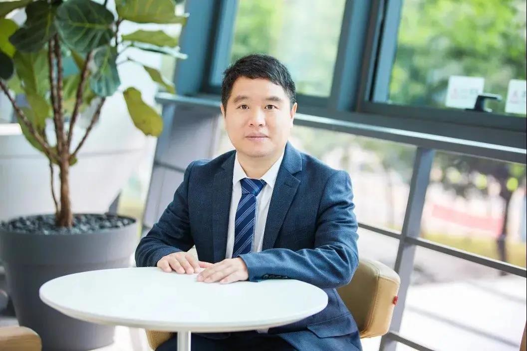 最新全球经济学家排名发布 北大汇丰王鹏飞教授名列前茅