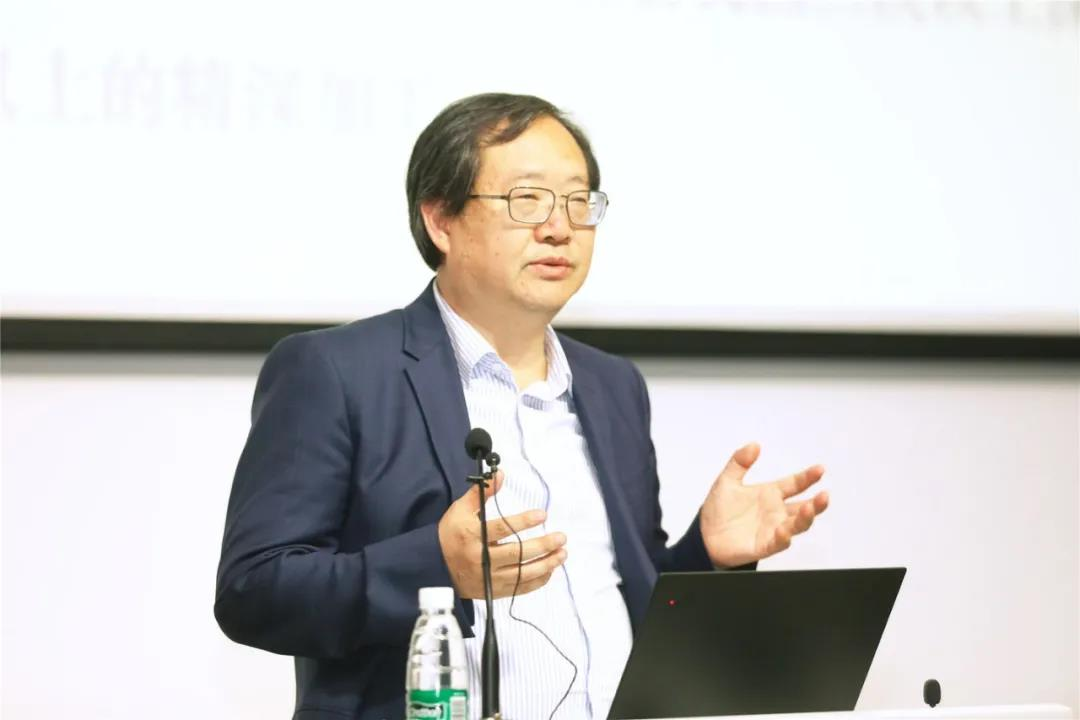 刘守英:乡村振兴的前提是,改革农民工回村的城市化模式